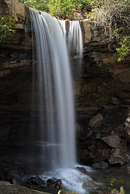 Photograph - Cucumber Falls 3 by Larry Ricker