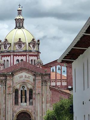 Photograph - Cuenca Ecuador Arch 43 by Jeff Brunton