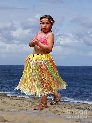 Hula Girl Art Photograph - Cuenca Kids 932 - Painting by Al Bourassa