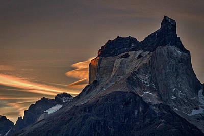 Photograph - Cuernos Sunset Begins - Patagonia by Stuart Litoff