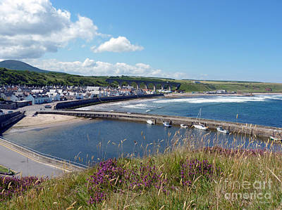 Photograph - Cullen - Fishertown And Viaduct by Phil Banks