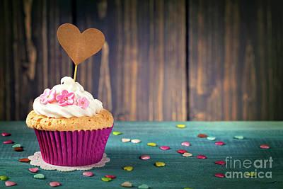 Cupcake Love Digital Art - Cupcake  by Elena Schweitzer