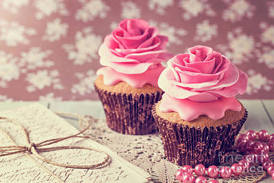 Frosted Cupcakes Digital Art - Cupcakes With Sweet Rose Flowers by Elena Schweitzer