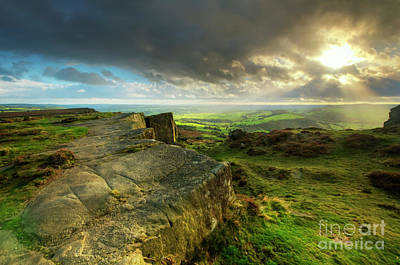 Photograph - Curbar Edge 7.0 by Yhun Suarez