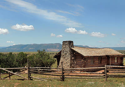 Log Cabins Photograph - Curly's Cabin by Gordon Beck
