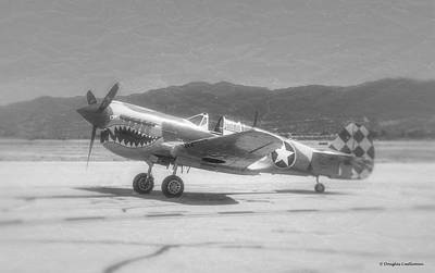 Photograph - Curtiss P-40 by Douglas Castleman
