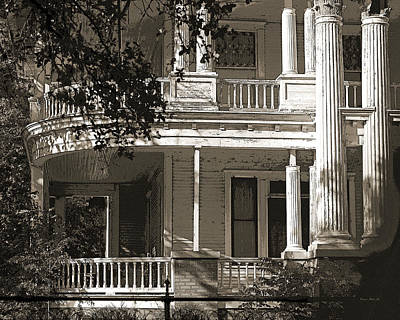 Photograph - Curved Porches by Connie Fox