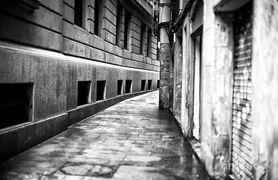 Photograph - Curves In The Gothic Quarter by John Rizzuto