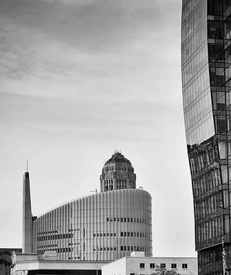 Photograph - Curves by Marvin Borst