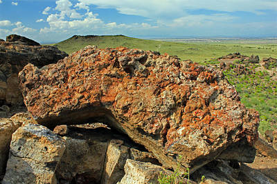 Photograph - D14579 Rock On Top Of Ja Volcano by Ed Cooper Photography