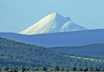 Photograph - D2m6109 Mt. Mcloughlin Or Seen From Ca by Ed Cooper Photography