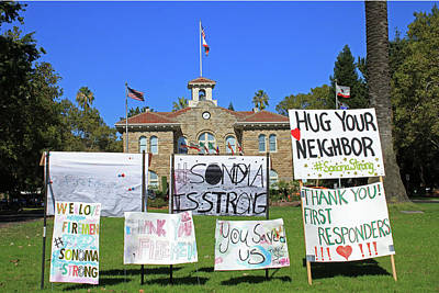 Photograph - D8b6301 Signs On Sonoma Plaza Thanking Fire Fighters After Wine Country Fires by Ed Cooper Photography
