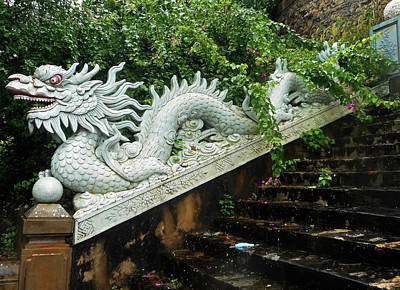 Photograph - Da Nang Statues 7 by Ron Kandt