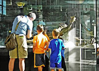 Photograph - Dad Explains Dinosaurs by Sarah Loft