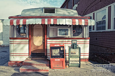 Open Photograph - Daddypops Tumble Inn Diner Claremont New Hampshire by Edward Fielding
