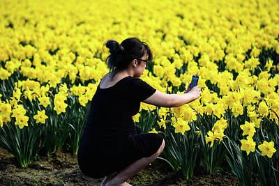 Photograph - Daffodil Closeup by Tom Cochran
