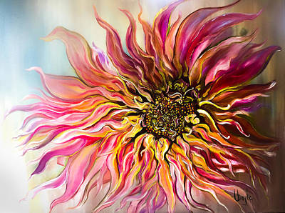 Luminaire Painting - Dahlia Queen by Thuy Le