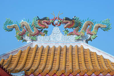Photograph - Dahmmasathan Quan Im Dragon Roof Dthcm1071 by Gerry Gantt