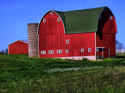 Photograph - Dairy Barn by Scott Hovind