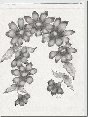 Drawing - Daisy Garland by Vicki Thompson