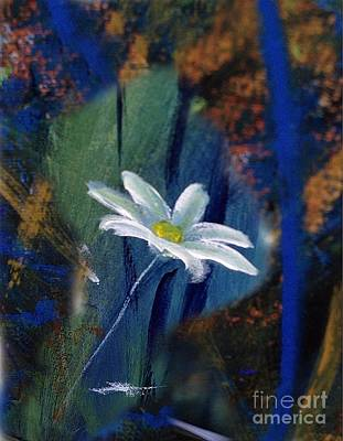 Digital Art - Daisy by Karen Day-Vath