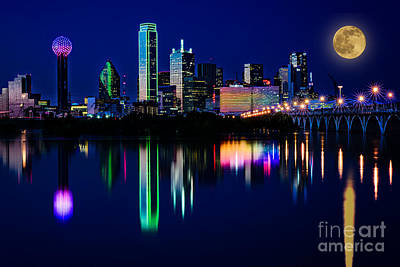 Photograph - Dallas At Twilight by Tamyra Ayles