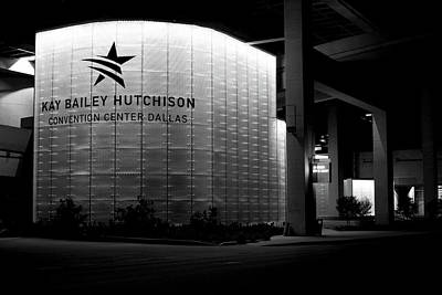 Photograph - Dallas Convention Center 090716 Bw by Rospotte Photography