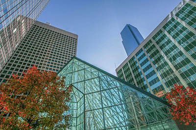 Photograph - Dallas Crystal Court Pyramid  by Kyle Findley
