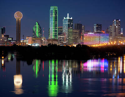 Photograph - Dallas Reflection 6917 by Rospotte Photography