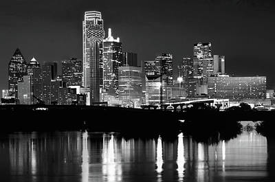 Photograph - Dallas Reflection Monochrome Rd032418 by Rospotte Photography