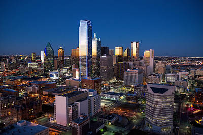 Photograph - Dallas Reunion Night by Rospotte Photography