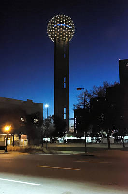 Photograph - Dallas Reunion Tower by Erich Grant