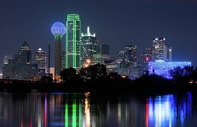 Dallas Skyline Photograph - Dallas Skyline 13118 by Rospotte Photography