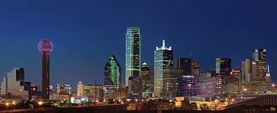 Photograph - Dallas Skyline Colors 21717 by Rospotte Photography