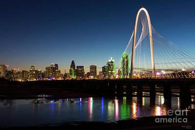 Photograph - Dallas Skyline Dawn by Jennifer White