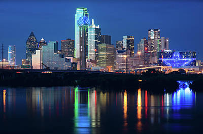 Photograph - Dallas Star Skyline 032418rd by Rospotte Photography