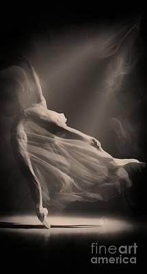 Dance Of The Ghost Original