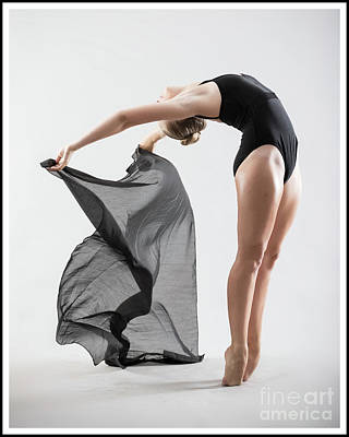 Photograph - Dancer 2 by Michael Edwards