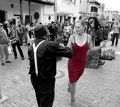 Observer Photograph - Dancing In The Street  2 by Daniel Gomez