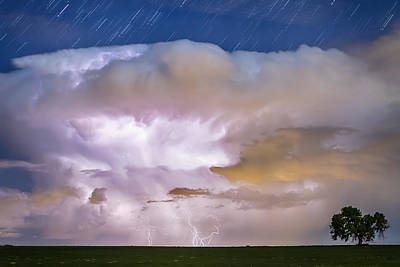 Photograph - Dancing Thunderstorm Cell On The Horizon by James BO Insogna