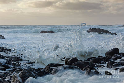 Strong America Photograph - Dancing Waves by Masako Metz