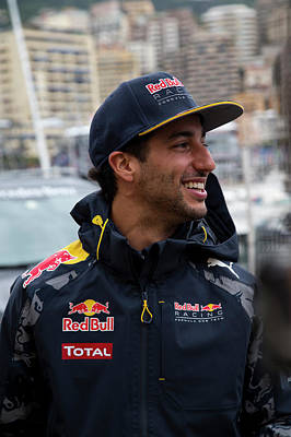 Sauber Photograph - Daniel Ricciardo by Srdjan Petrovic