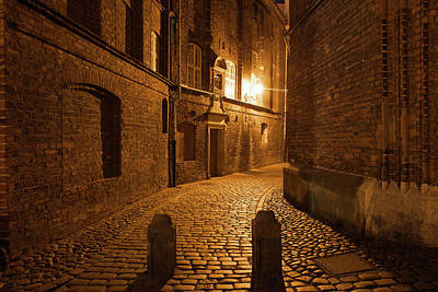 Photograph - Dark Alley By Night In Gdansk by Artur Bogacki