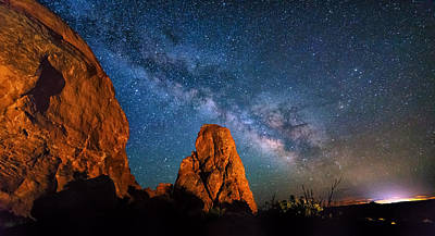 Photograph - Dark Arch by Ryan Moyer