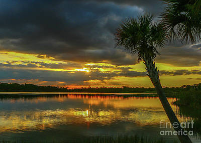 Photograph - Dark Cloud Sunset by Tom Claud
