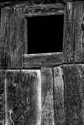 Photograph - Dark Door by Edgar Laureano