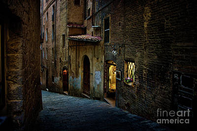 Photograph - Dark Siena Alley by Stuart Row