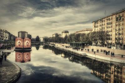 Photograph - Darsena - Milan by Roberto Pagani