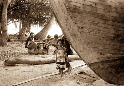 Photograph - Daughter Of The Maldives by Terence Davis