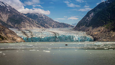Photograph - Dawes Glacier In Sunlight by Lee Coursey